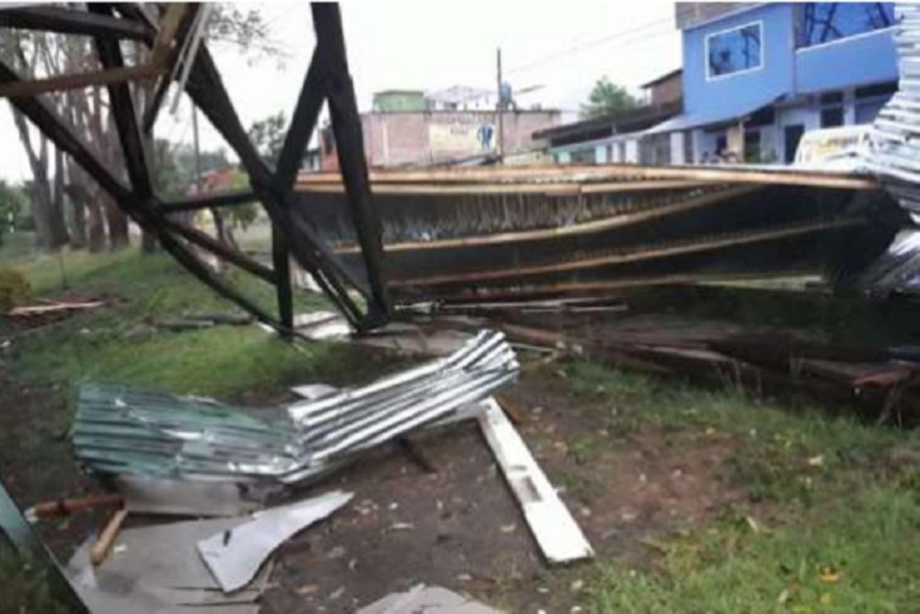 Los vientos fuertes también afectaron la comisaría de San Martín de Pangoa.