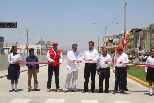 Más de 450,000 pobladores de Piura se benefician con remodelada avenida. ANDINA/Difusión