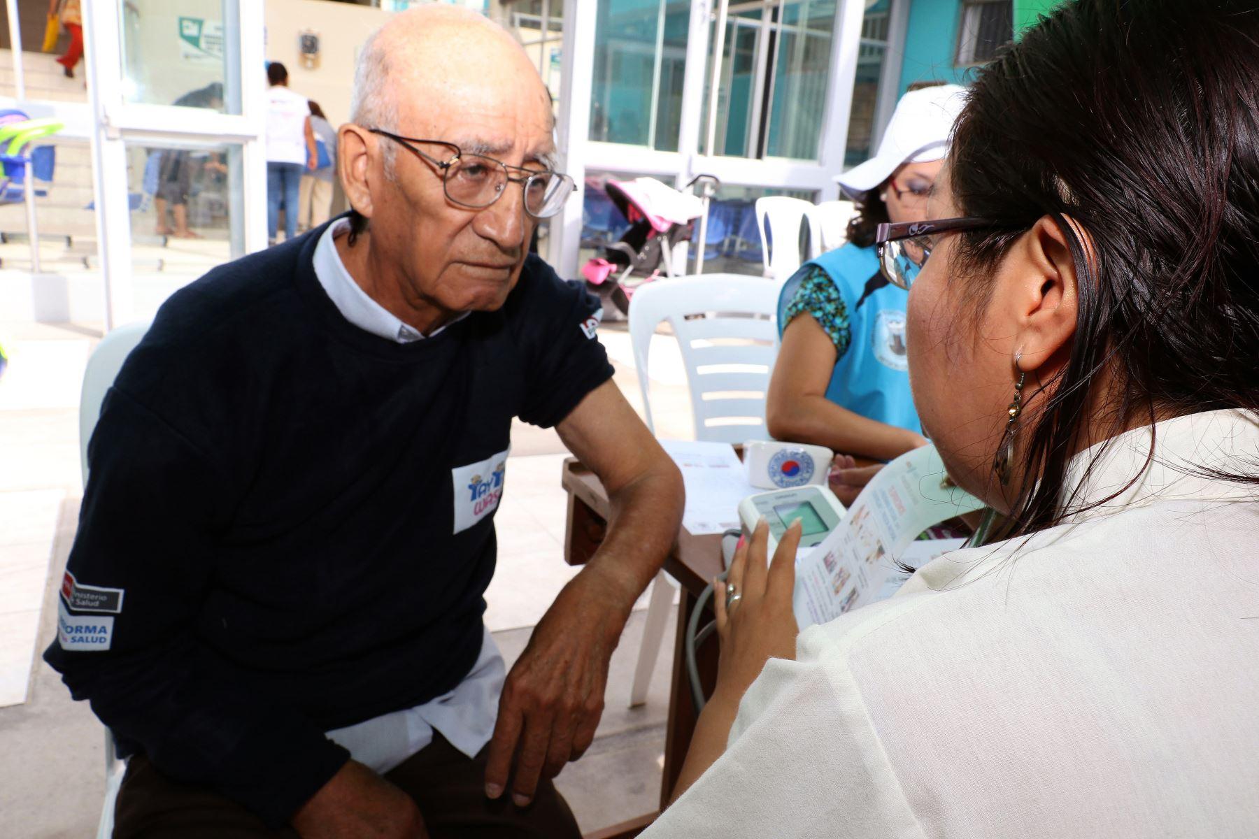 Centros de salud mental comunitarios ofrecen detección y tratamiento del alzheimer. Foto: Minsa