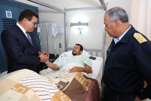 Ministro de Defensa visitó a militares que resultaron heridos en operación en el Vraem