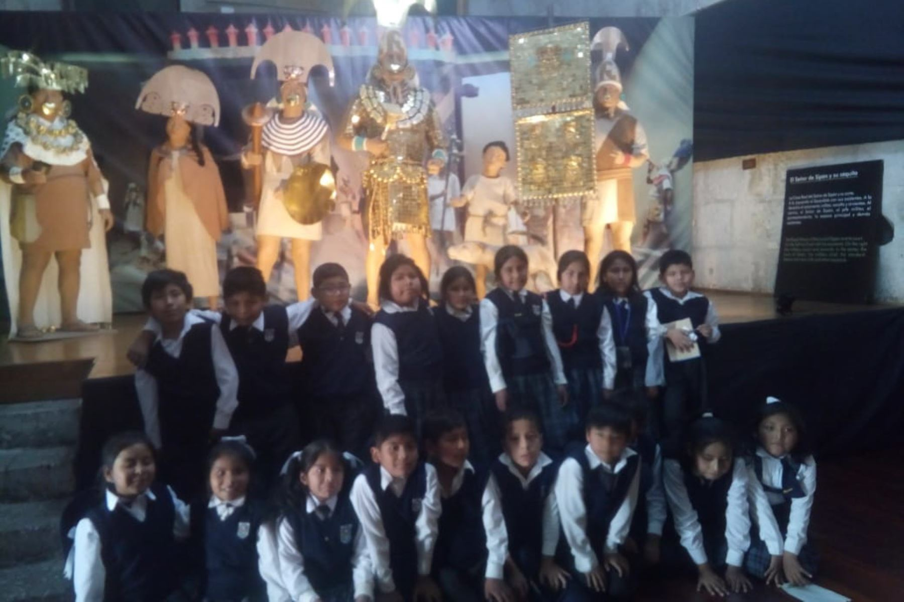 Exhibición de réplica del Señor de Sipán se luce en Arequipa. ANDINA