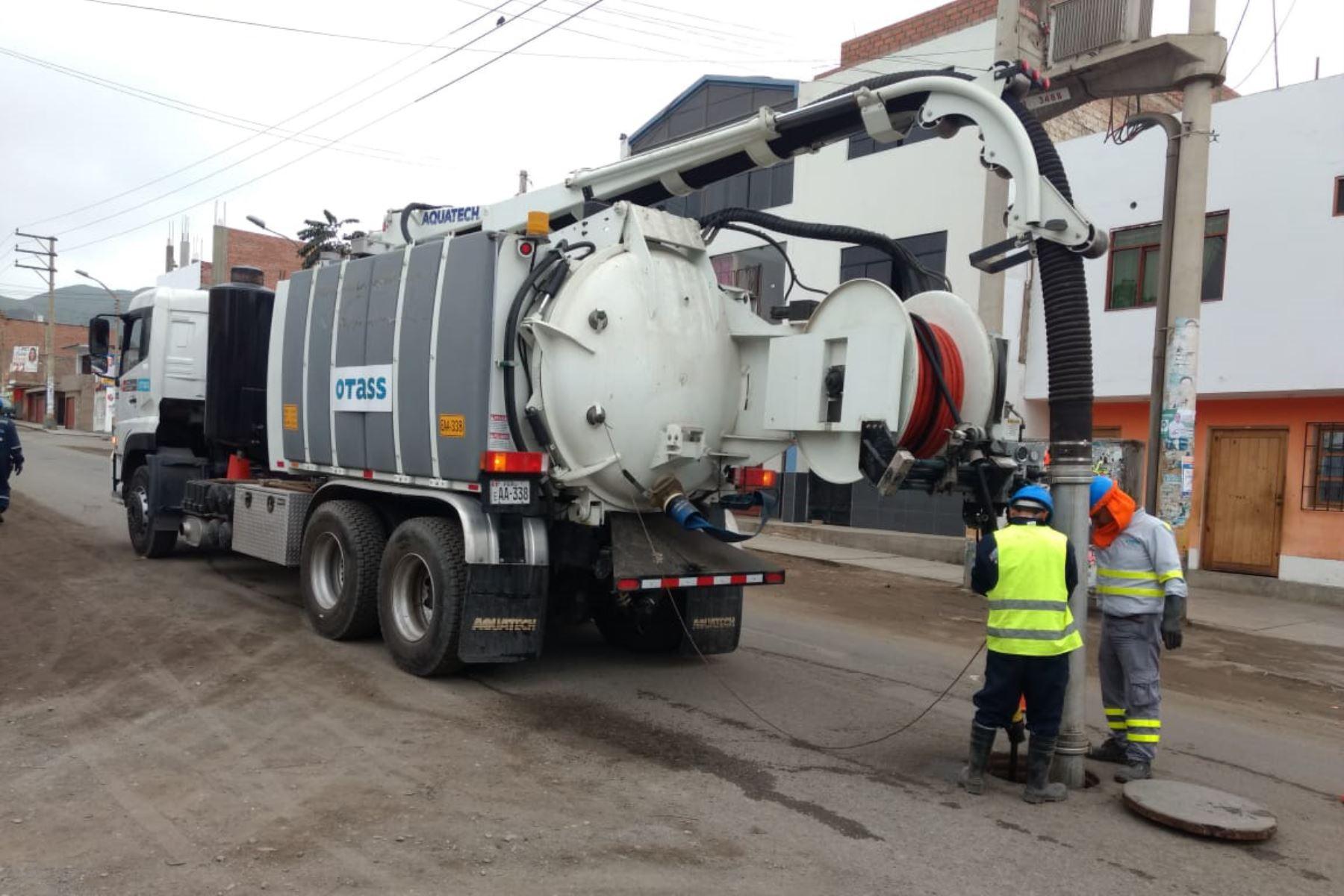 Ejecutan trabajos de limpieza en sistema de alcantarillado de Chincha. ANDINA/Difusión