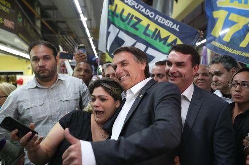 Jair Bolsonaro,candidato a la Presidencia de Brasil, durante un acto de campaña electoral antes del atentado Foto: EFE