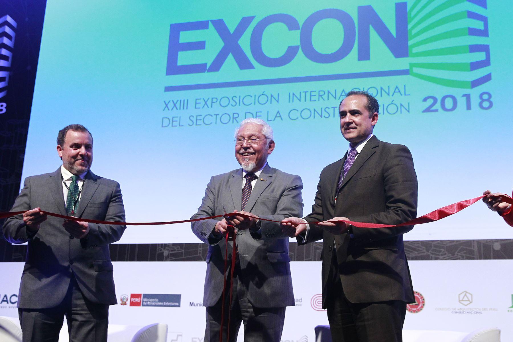 Ministro de Vivienda, Construcción y Saneamiento, Javier Piqué del Pozo inaugura la XXIII Excon. ANDINA/Eddy Ramos