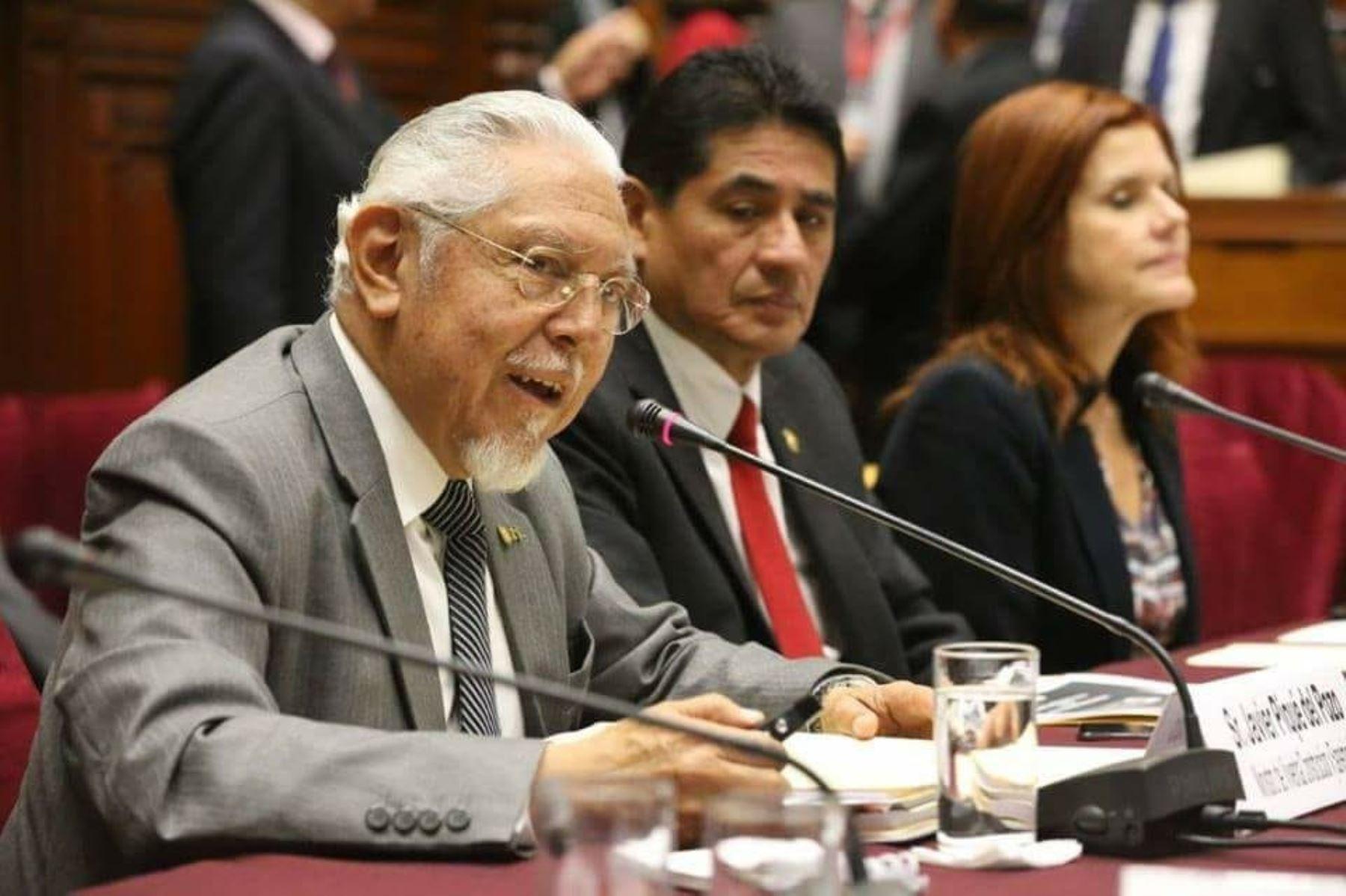 Ministro de Vivienda, Construcción y Saneamiento, Javier Piqué del Pozo. Foto: Cortesía.