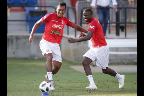 La selección peruana entrena en Miami con miras al partido ante Chile