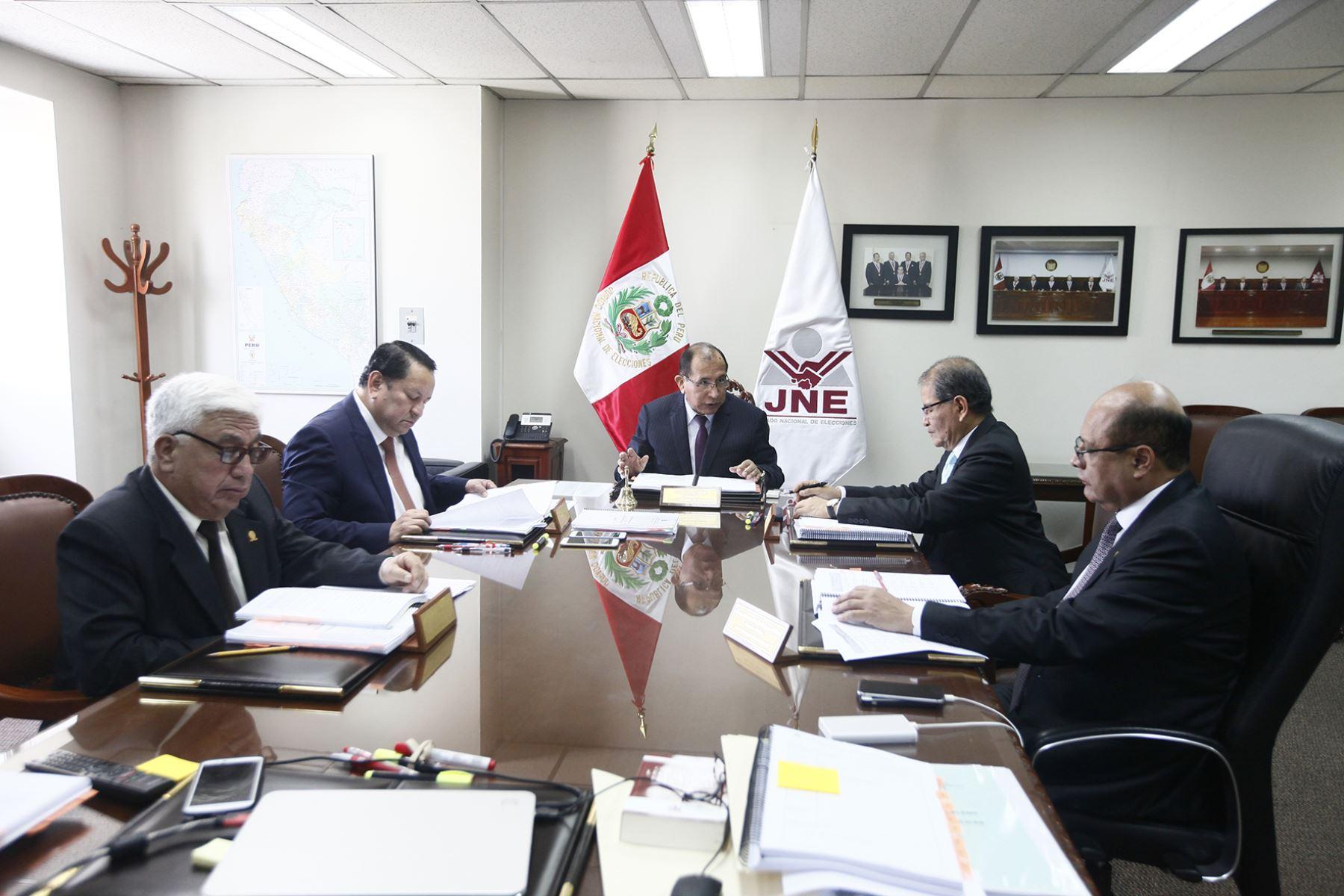 Pleno del JNE pidió a los Jurados Electorales Especiales resolver con celeridad las actas observadas. ANDINA/Difusión