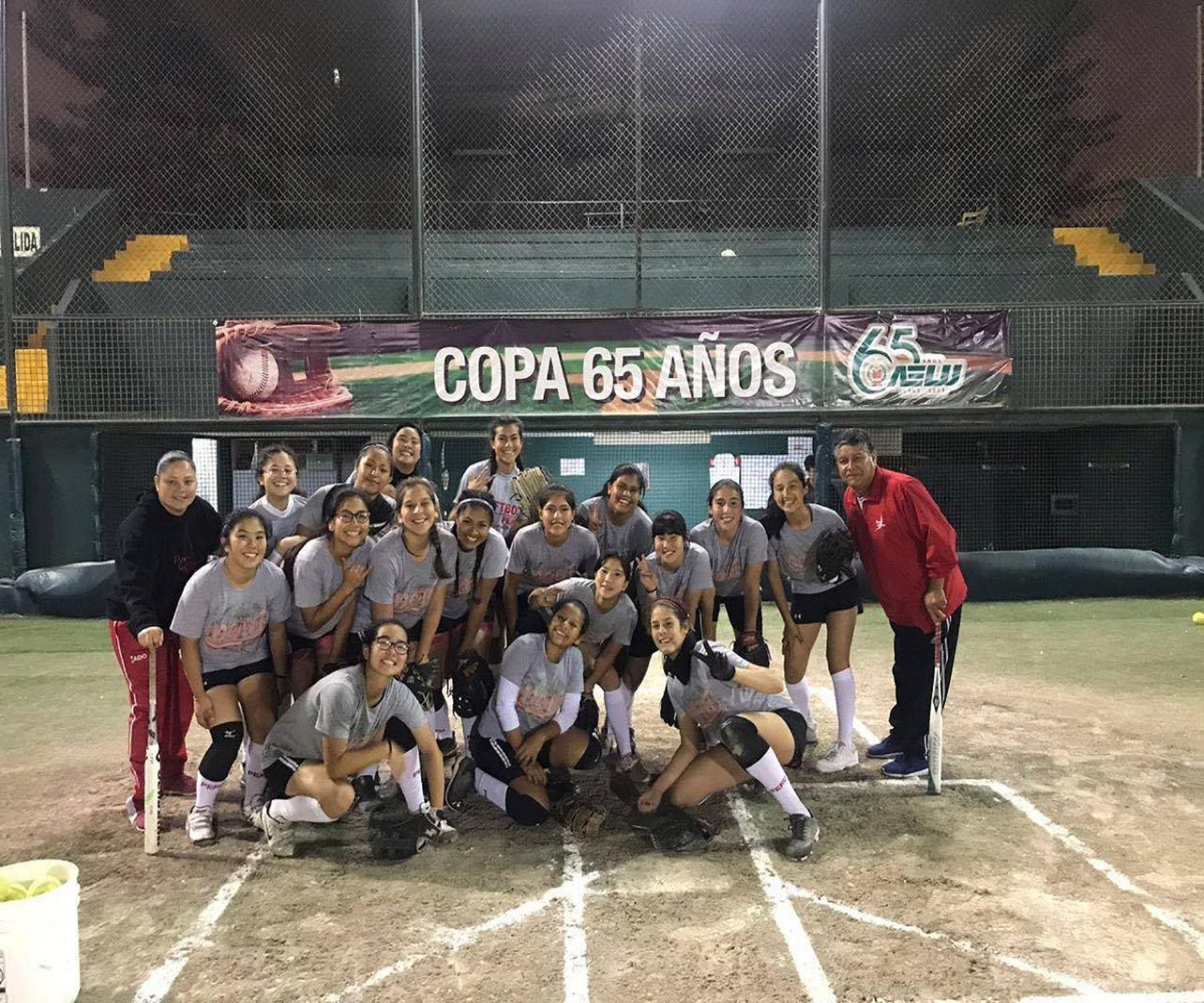 La selección peruana lista para luchar por el título sudamericano de softbol