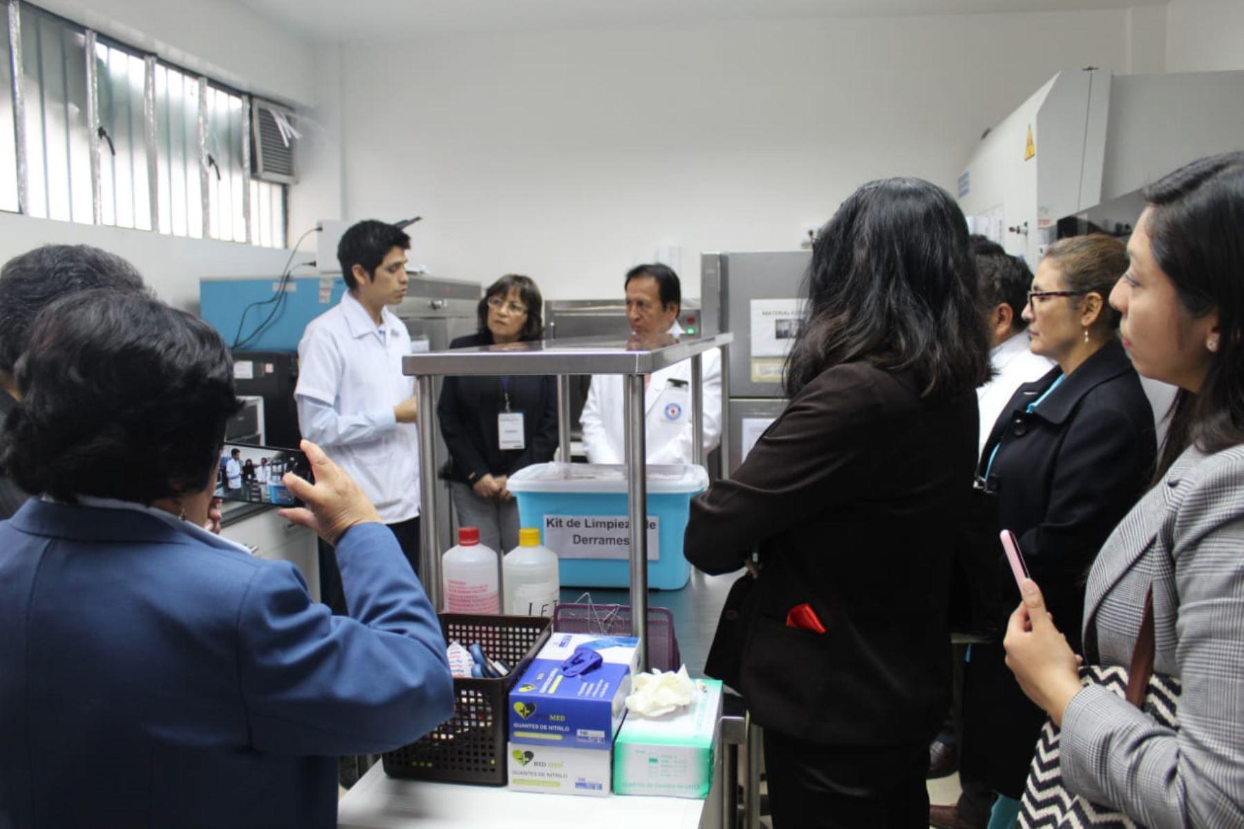 Nuevo laboratorio se inauguró en el hospital San Juan de Lurigancho.