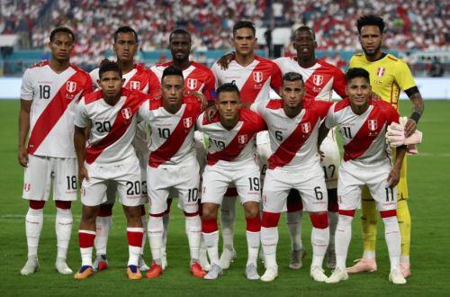 Perú y Chile empatan sin goles al final del primer tiempo en Miami