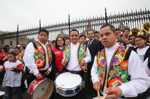 Presidente Vizcarra junto a su esposa participan de la conmemoración por el Día Nacional de las Personas con Habilidades Diferentes