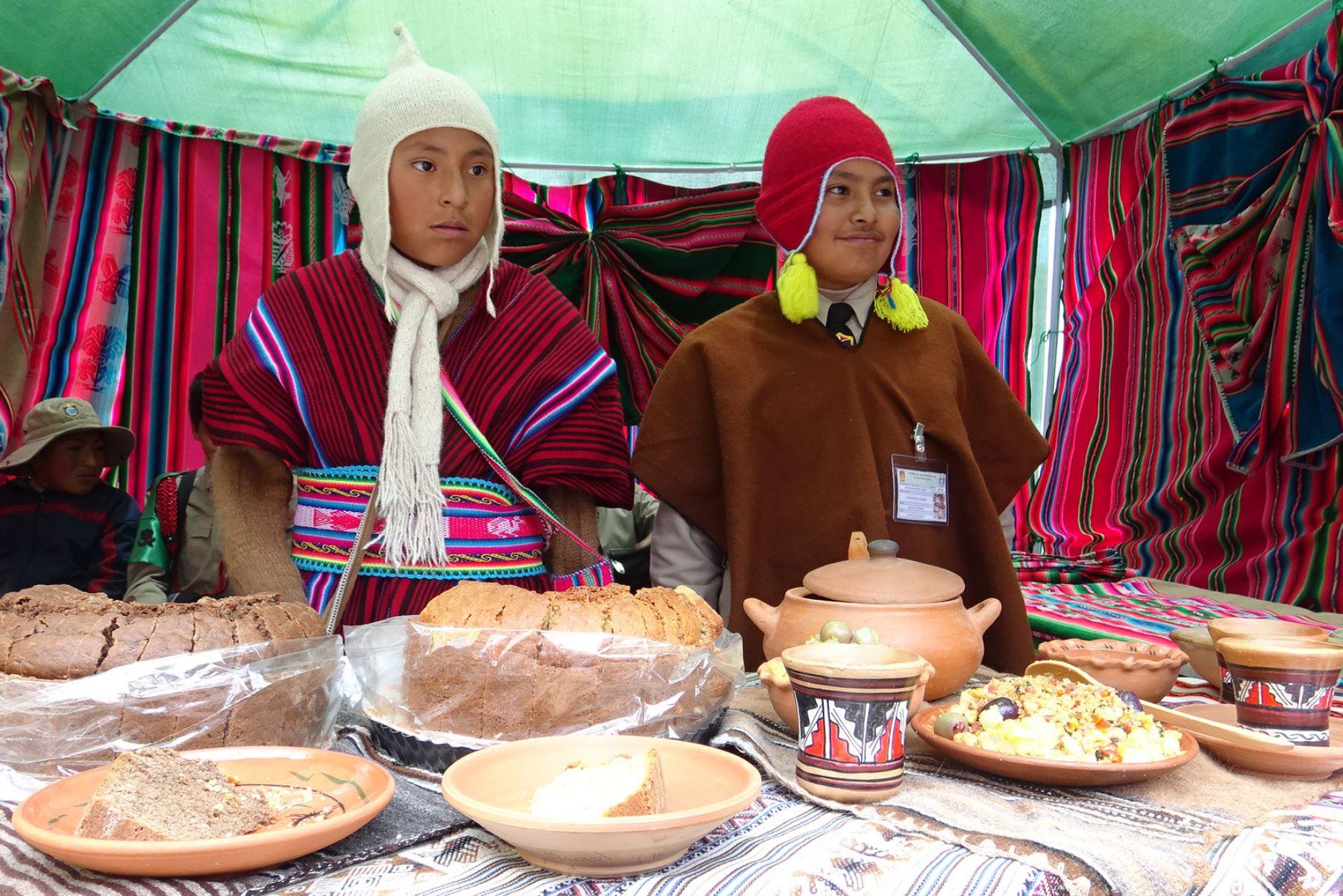 Escolares de Puno promueven el consumo de productos andinos. ANDINA