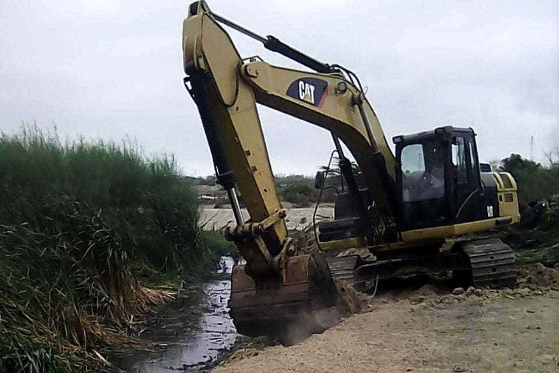Minagri invertirá este año S/ 400 millones en 157 obras de reconstrucción, anunció el titular del sector, Gustavo Mostajo. ANDINA/Difusión