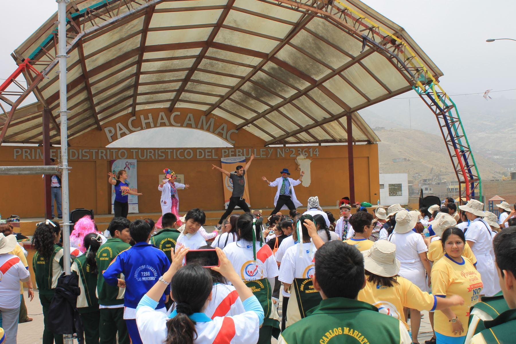 En Manchay se desarrolló jornada preventiva del cáncer. Foto: Andina/Difusión