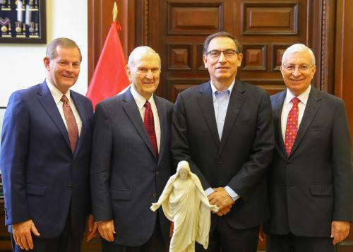Presidente Martín Vizcarra se reunió con representantes de Iglesia de los Santos de los Últimos Días.