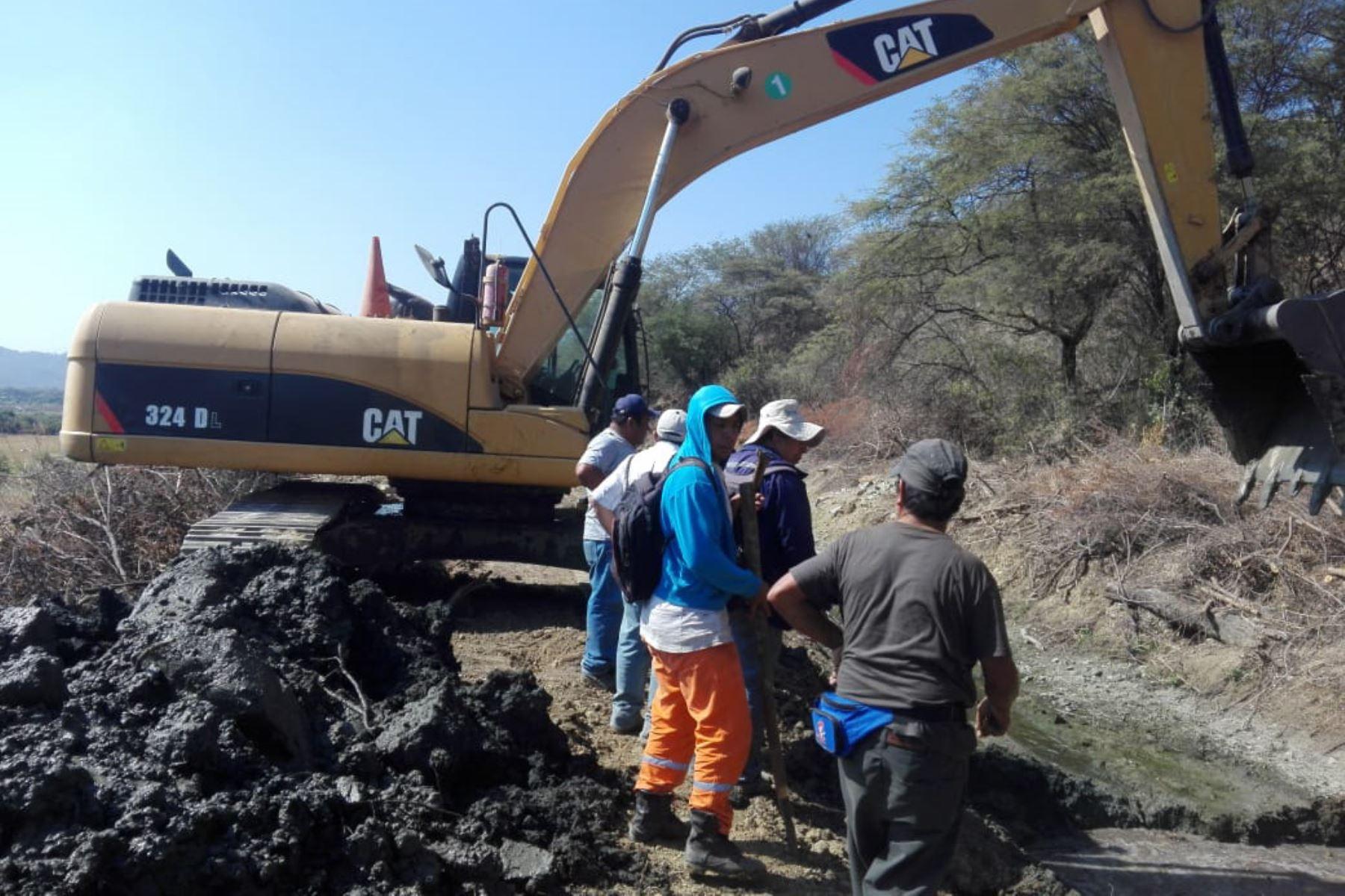 El Programa Subsectorial de Irrigaciones y Agro Rural aceleran los trabajos de prevención y reconstrucción en la región de Piura, para hacer frente a las lluvias y recuperar la infraestructura dañada por El Niño Costero.