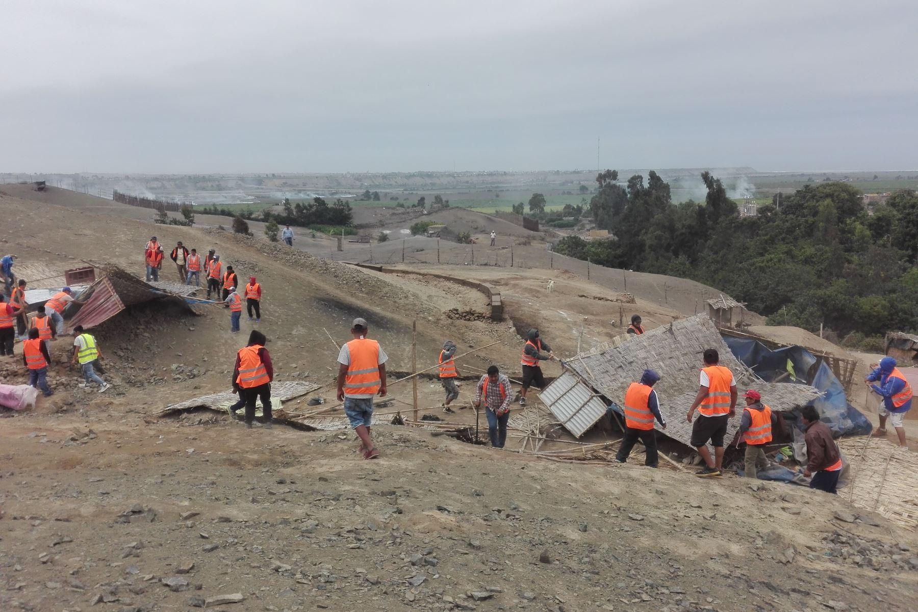 Superintendencia de Bienes Estatales recupera terrenos en Pativilca y desaloja a invasores. ANDINA/Difusión