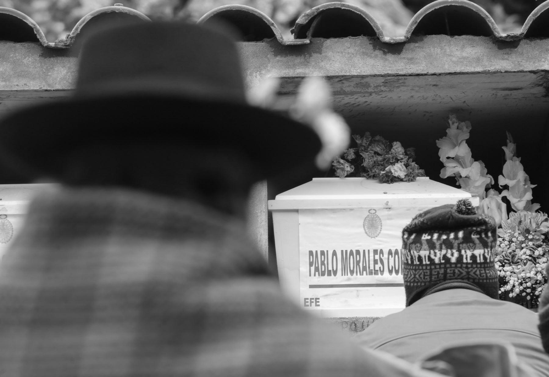 En Ayacucho, los forenses ya han entregado 3,800 cuerpos, de los 17 mil desaparecidos que se calcula dejó en esa región la época de la violencia. Foto: ANDINA/Jack Ramón