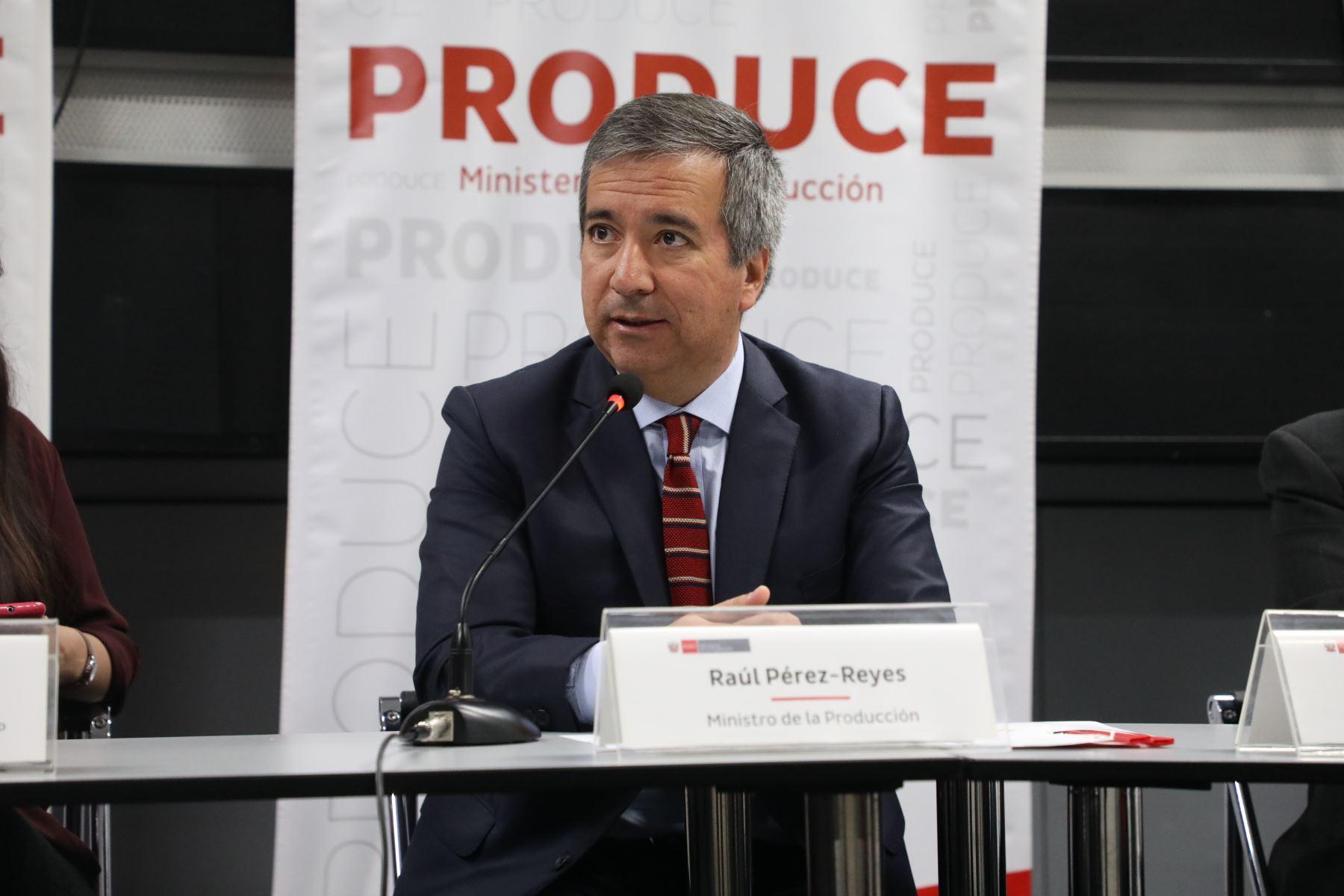 Ministro de la Producción, Raúl Pérez-Reyes. Foto: Cortesía.