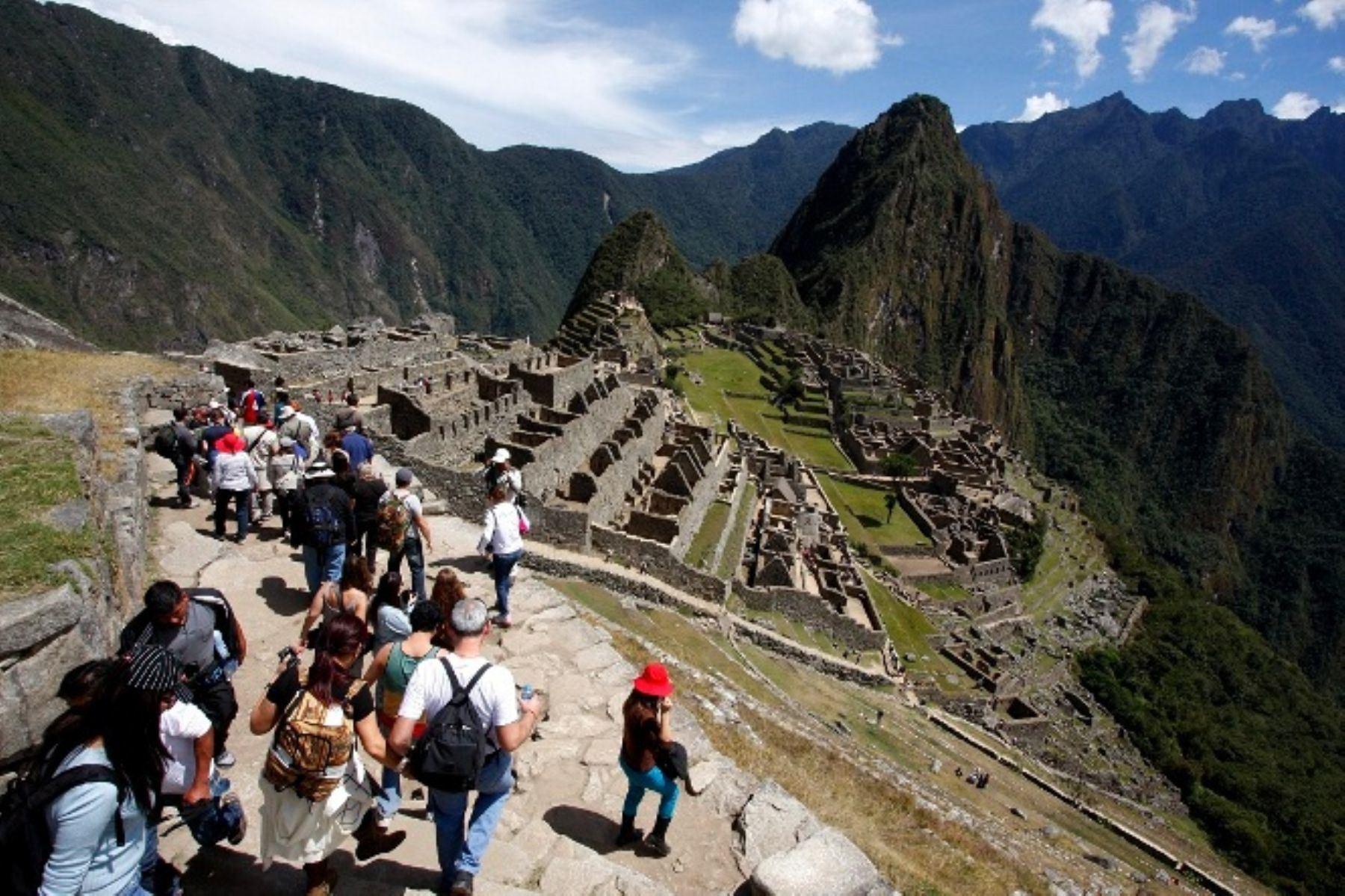 """BBC Mundo: """"Machu Picchu sufrió penoso daño"""" a manos de turistas extranjeros. ANDINA/Percy Hurtado Santillán"""