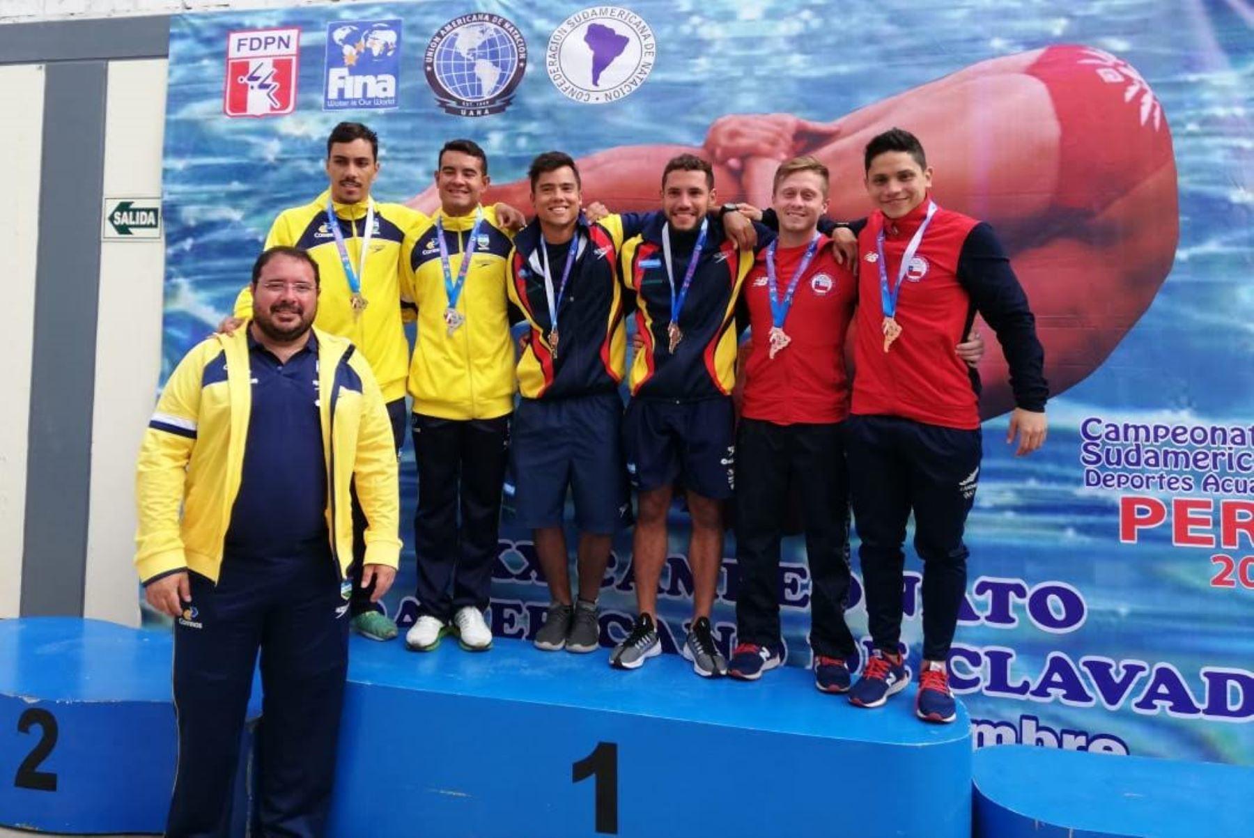 Los colombianos y brasileños comienzan a imponerse en el Campeonato Sudamericano de Primera Fuerza Perú 2018.