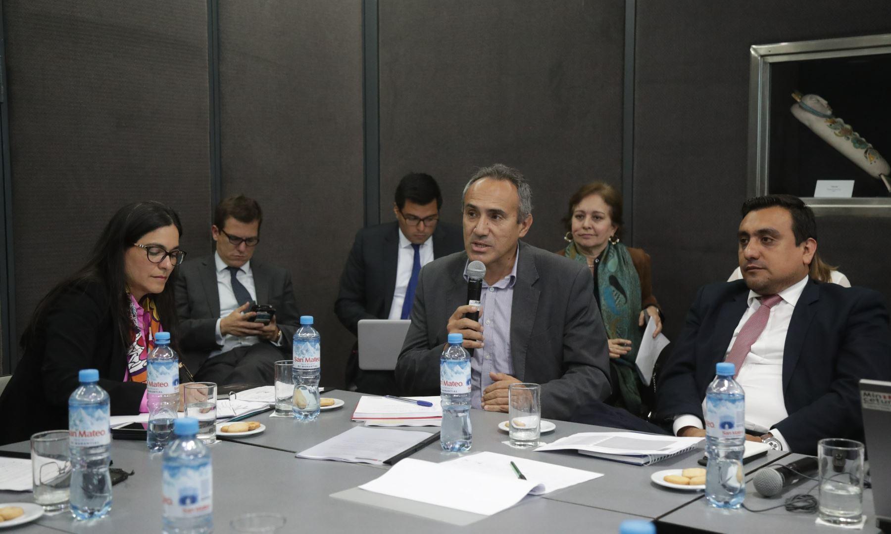 Viceministro de Transportes, Carlos Estremadoyro.