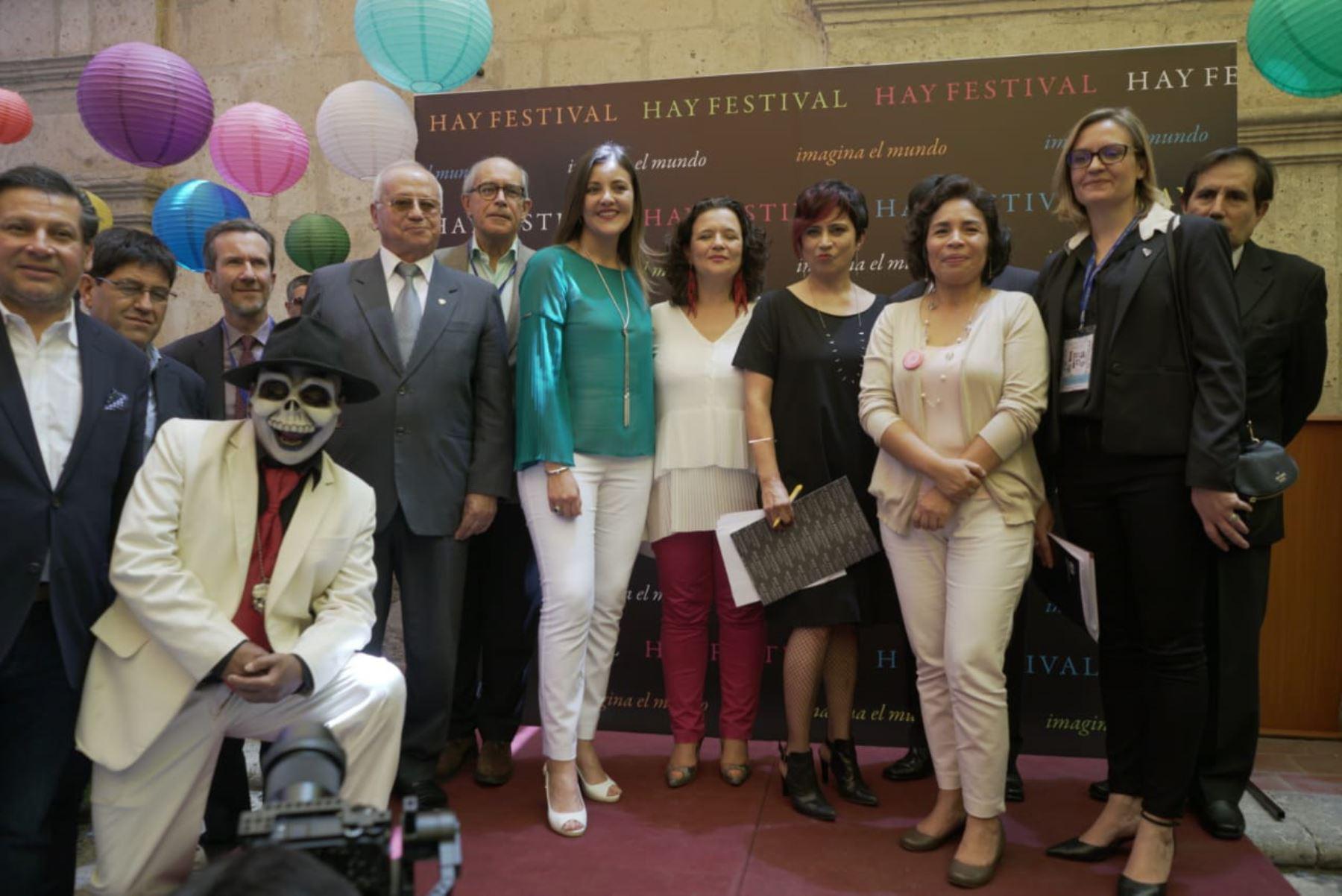 Ministra de Cultura, Patricia Balbuena, inauguró Hay Festival en Arequipa. ANDINA/Difusión