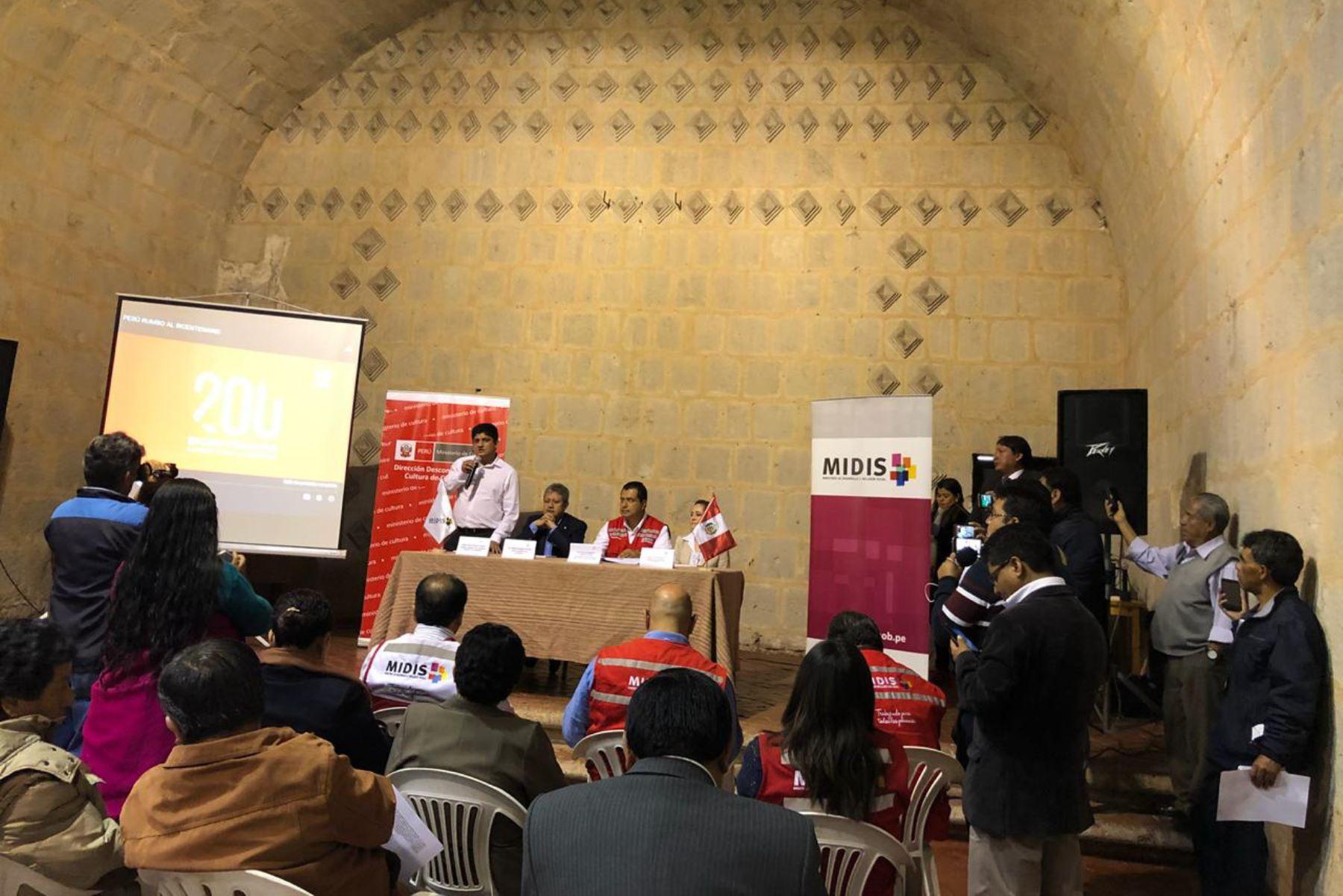 El viceministro de Políticas y Evaluación Social del Midis, Walter Curioso, se encuentra en la ciudad de Cajamarca para liderar las actividades preparativas por el Bicentenario de la Independencia.