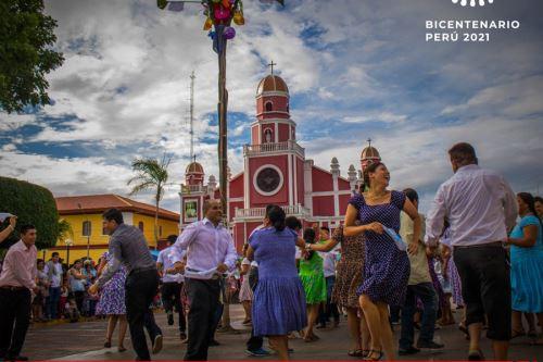 Moyobamba celebrará con pasacalle lanzamiento de Agenda Bicentenario. ANDINA/Difusión