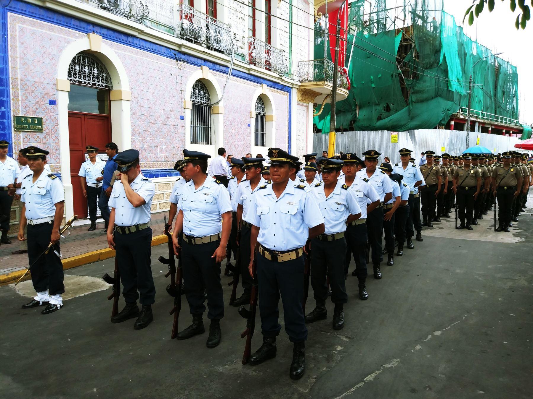 Iquitos ultima detalles para lanzamiento de Agenda País al Bicentenario. Foto: Luis Zuta.