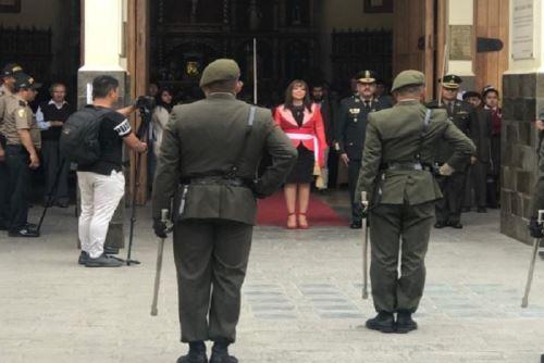 La ministra de Desarrollo e Inclusión Social, Liliana la Rosa, antes de lanzar la Agencia Bicentenario de la Independencia del Perú desde Huacho, provincia de Huaura, región Lima, participó de la misa Te Deum en la Catedral de esa ciudad.