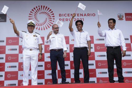 El gobernador regional de Loreto, Fernando Meléndez, destacó hoy el gran potencial que posee la Amazonía para contribuir a su desarrollo y del Perú, así como la legítima aspiración de dicho departamento para integrarse al resto del país ANDINA/Melina Mejía