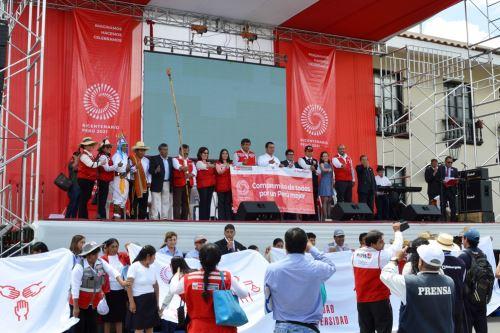 El viceministro de Políticas y Evaluación Social del Midis, Walter Curioso, presidió en Cajamarca los actos con motivo del lanzamiento de la Agenda Bicentenario.