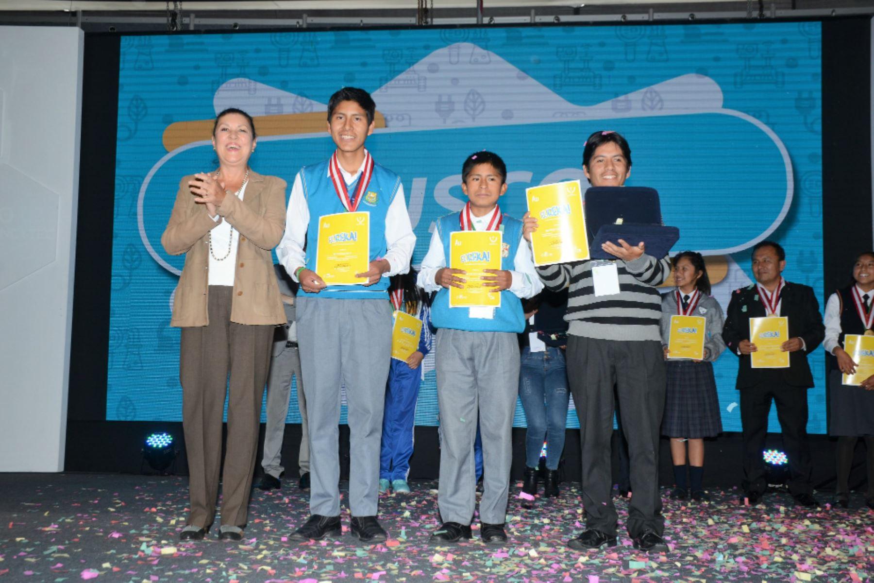 Ganadores absolutos de la Feria Escolar de Ciencias Eureka 2018. Foto: Andina/Difusión
