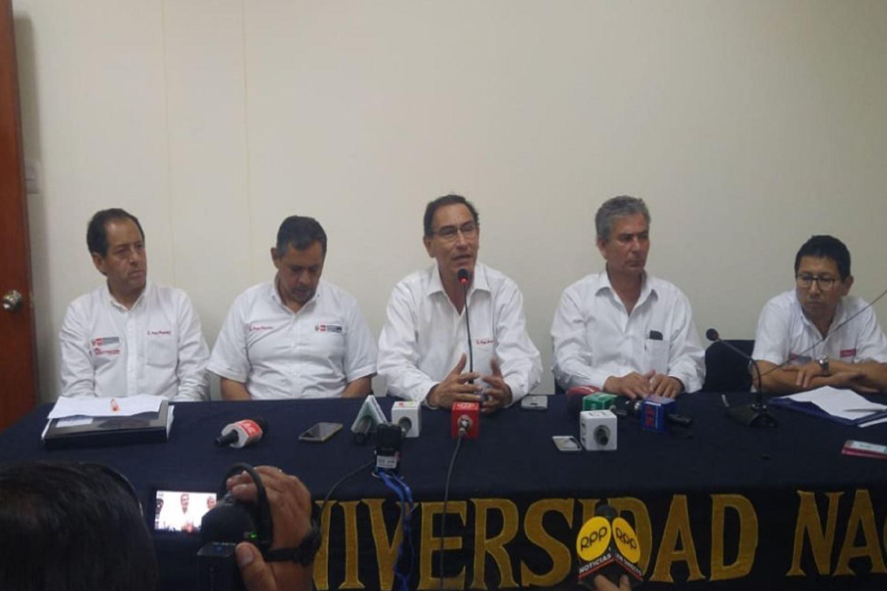 Presidente Vizcarra en Piura