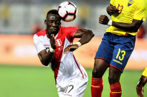 Selección peruana enfrenta a Ecuador
