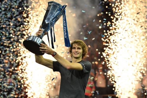 Alexander Zverev derrotó a Djokovic en la final del Masters de tenis