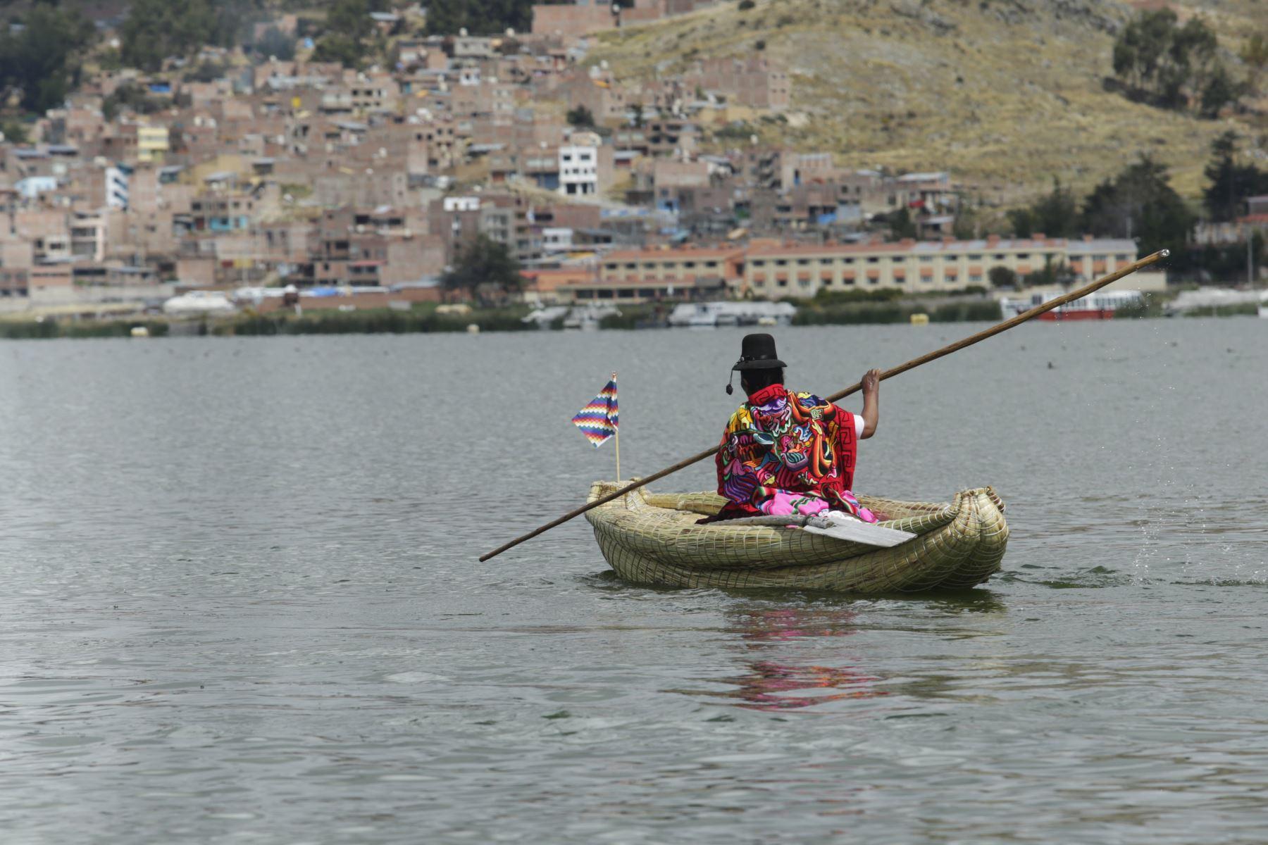 Especialista en biotecnología ambiental de la Universidad Peruana Cayetano Heredia hará investigación científica en el lago Titicaca. Foto: ANDINA/Melina Mejía