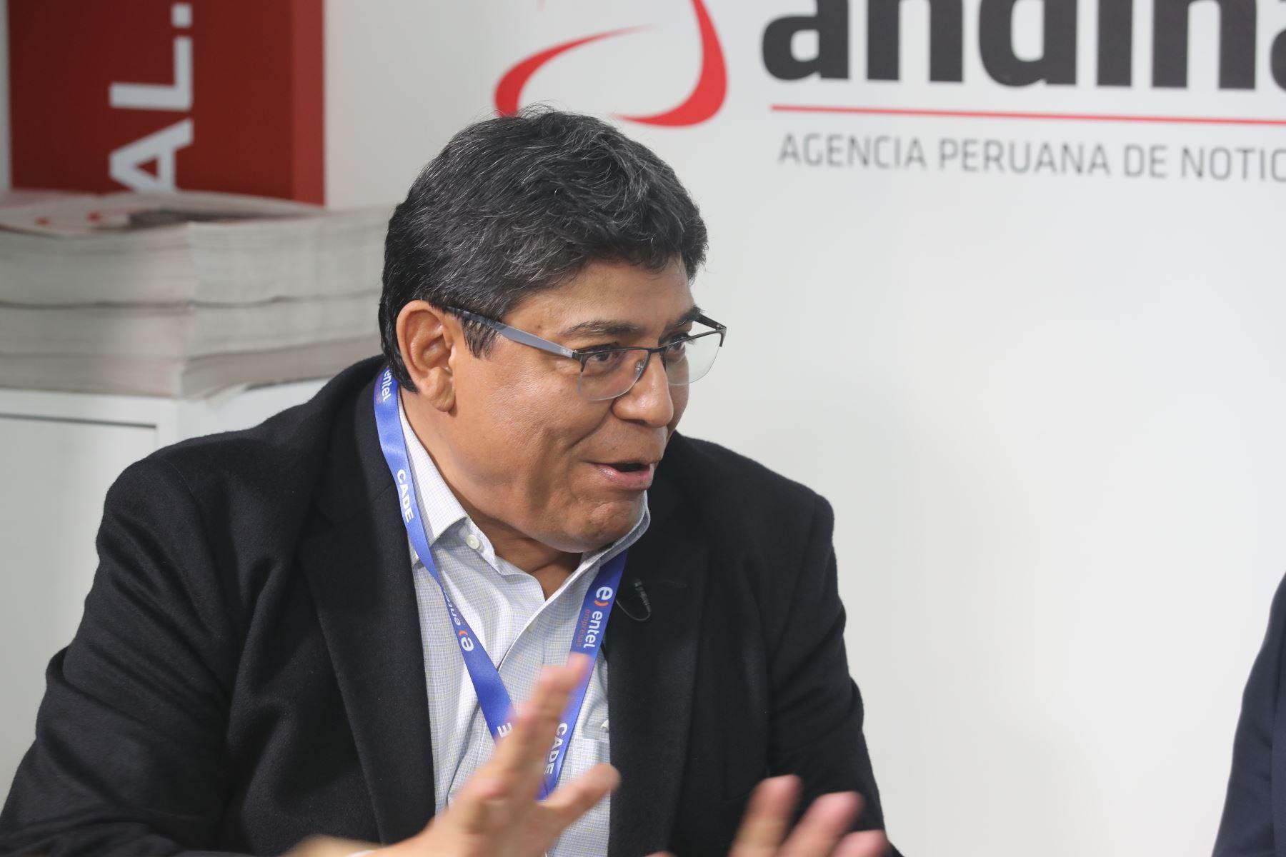 Economista Elmer Cuba. ANDINA/Jack Ramón