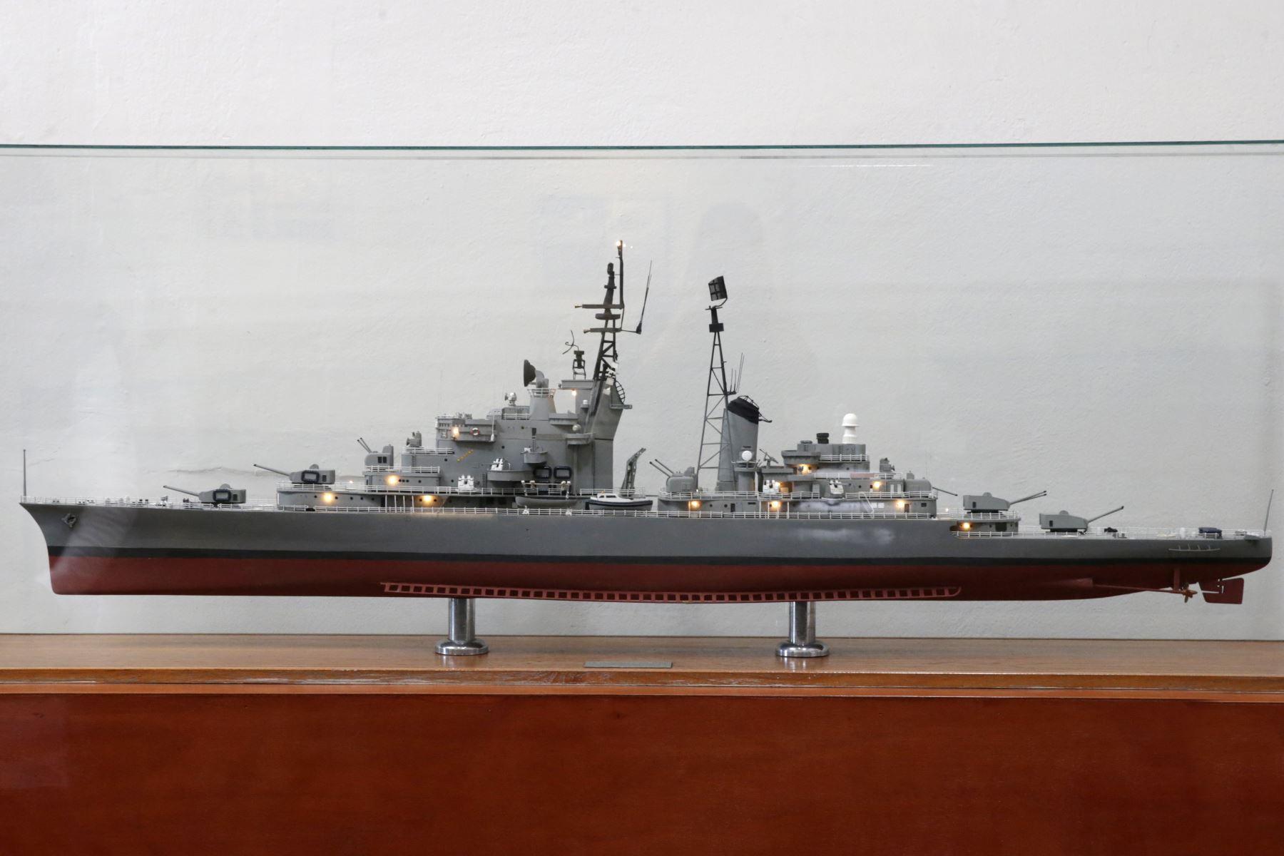 Museo Naval. Maqueta del BAP Almirante Grau que fue buque insignia de la Armada Peruana. La maqueta la elaboró José Antonio Bedoya. Foto: ANDINA/Melina Mejía