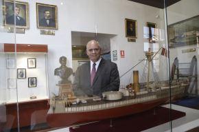 Desde hace dos años, el contralmirante en retiro Francisco Yábar Acuña es director del Museo Naval, y por el aniversario del lugar creó guión museográfico didáctico y moderno. ANDINA/Melina Mejía