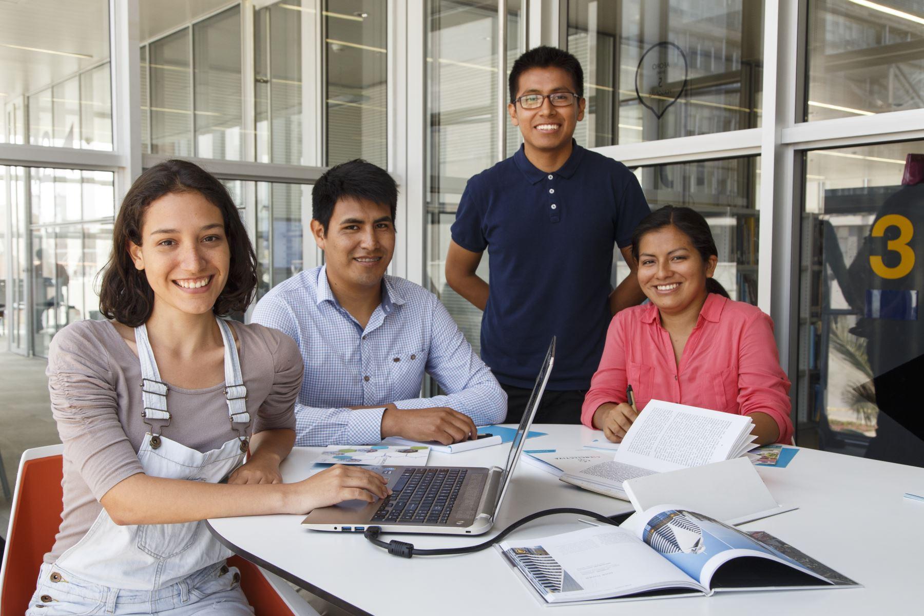 Concytec lanza convocatoria para promover intercambio científico