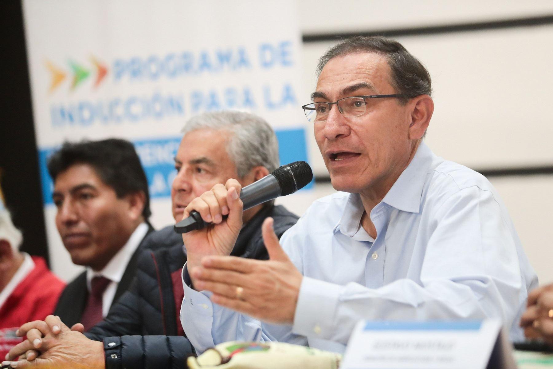 Presidente Vizcarra exhorta a autoridades electas a rechazar la corrupción