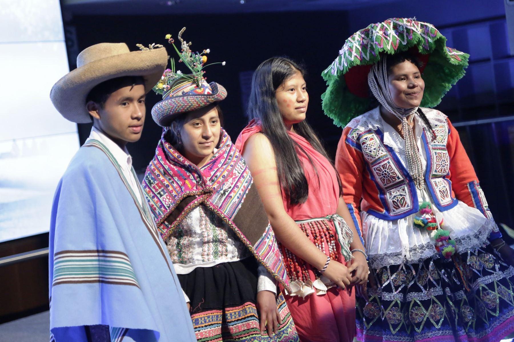 El 30% de la población peruana se autoidentifica como parte de uno de los 55 pueblos indígenas u originarios, según el Censo Nacional de Población 2017. ANDINA/Difusión
