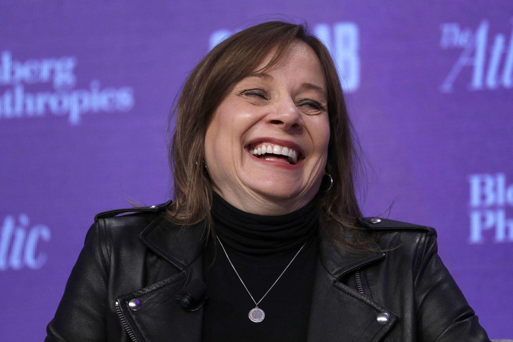 Cuarto lugar: Mary Barra, directora general de la multinacional automotriz General Motors. Quinto lugar: Abigail Johson. AFP