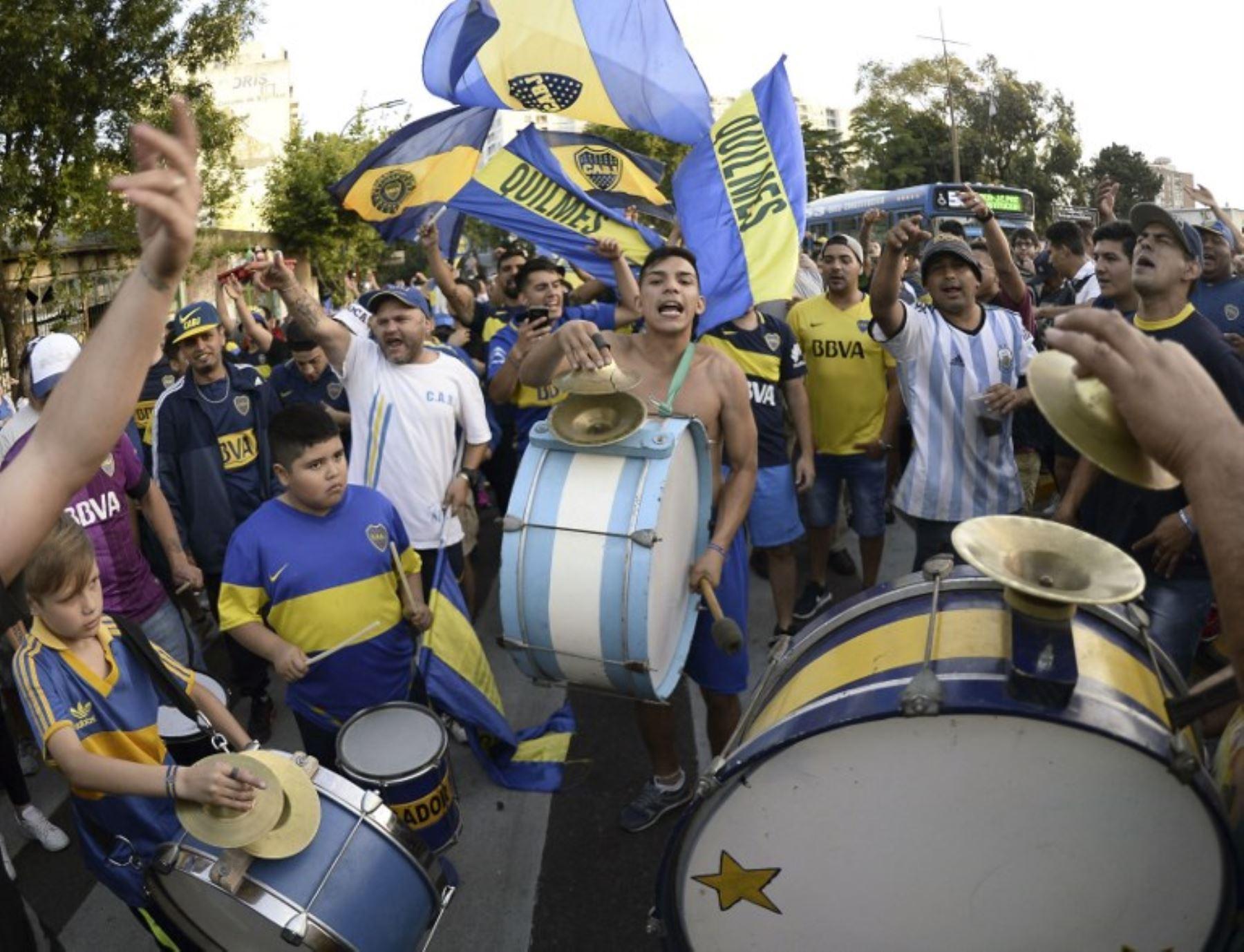 La policía española mantiene una constante vigilancia sobre los barristas del Boca Juniors y River Plate