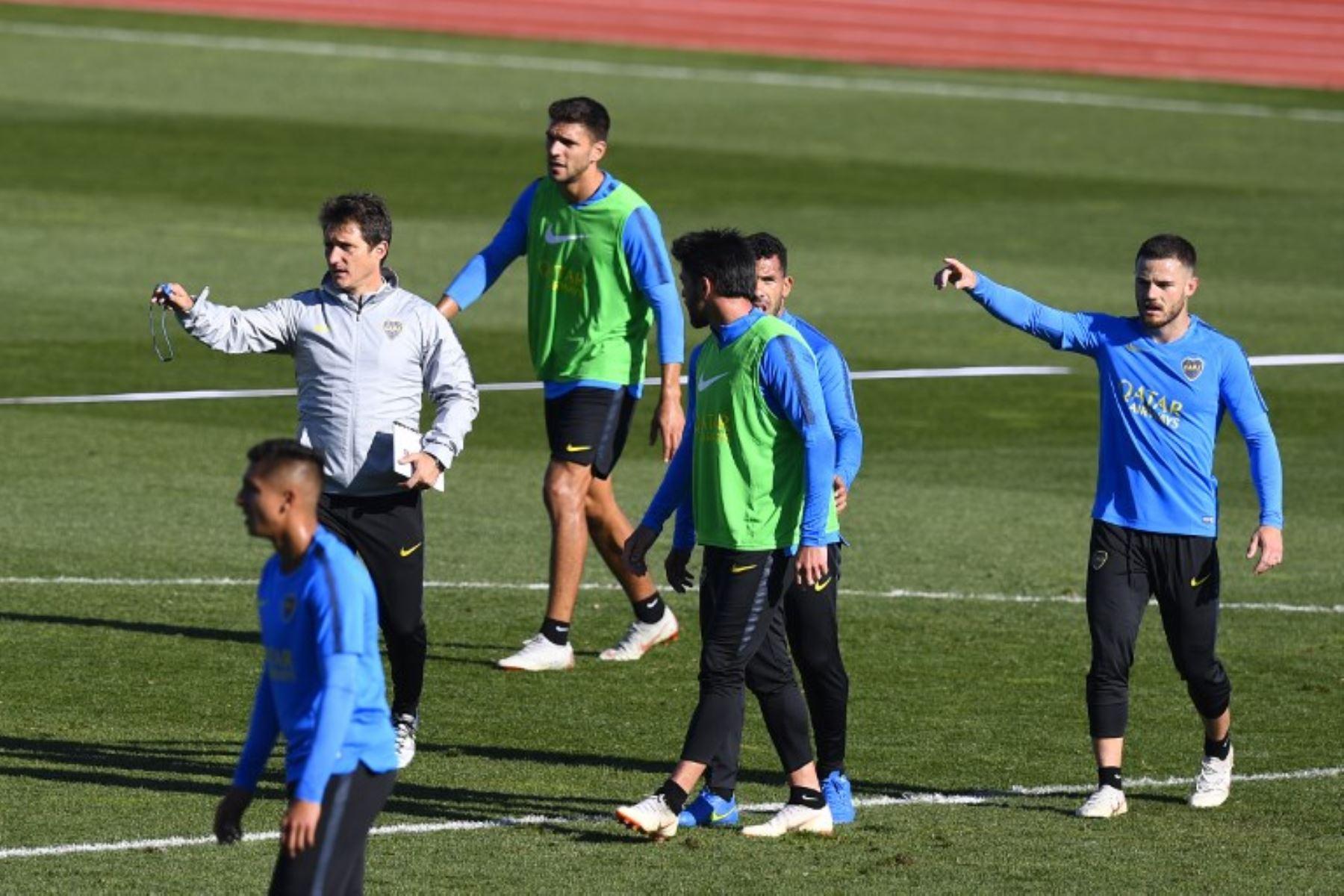 Boca Juniors ya entrena en Madrid