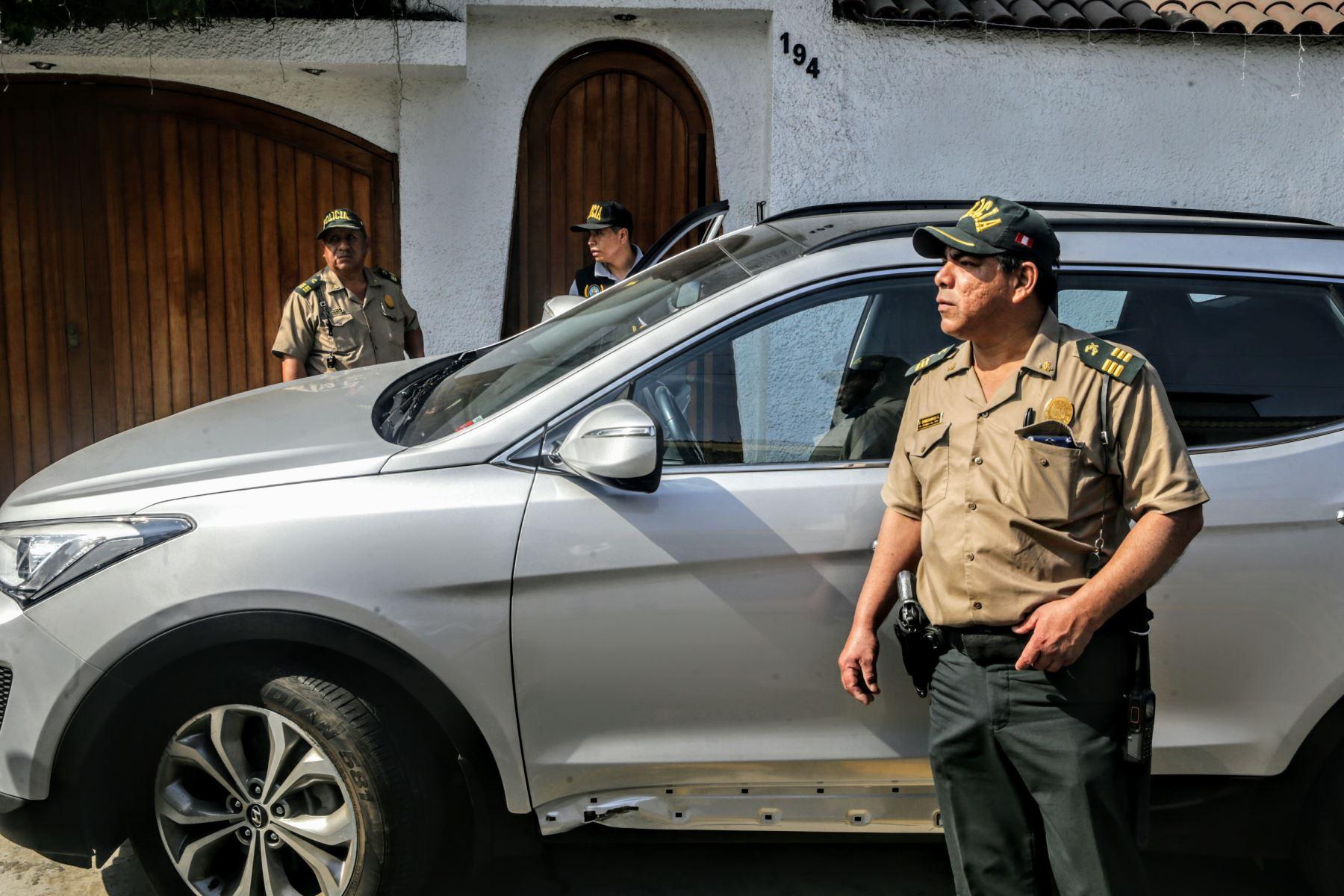 Ordenan detención preliminar contra el presidente de la FPF con allanamiento de su domicilio, en San Borja. Foto: ANDINA/Luis Iparraguirre.