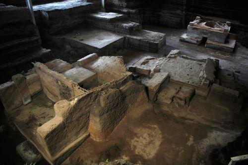 """Vista de un edificio prehispánico conocido como """"El Temazcal"""" en el sitio arqueológico Joya de Ceren en El Salvador Foto: AFP"""