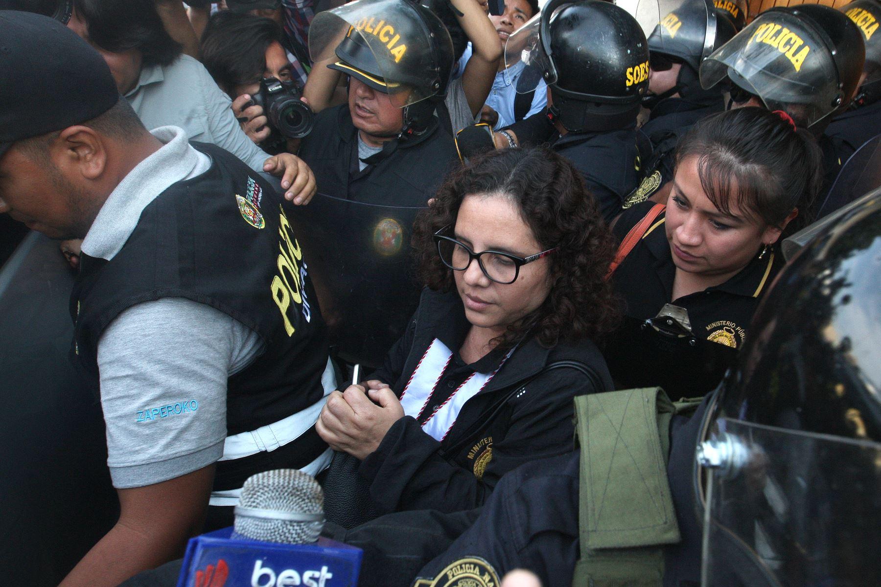 El presidente de la Federación Peruana de Fútbol (FPF), Edwin Oviedo, cumplè  la prisión preliminar dictada por el Poder Judicial en la Prefectura de Lima.Foto:ANDINA/Héctor Vinces.